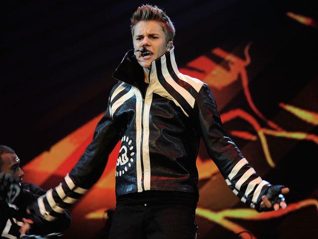 Justin Bieber, MTV EMA jacket